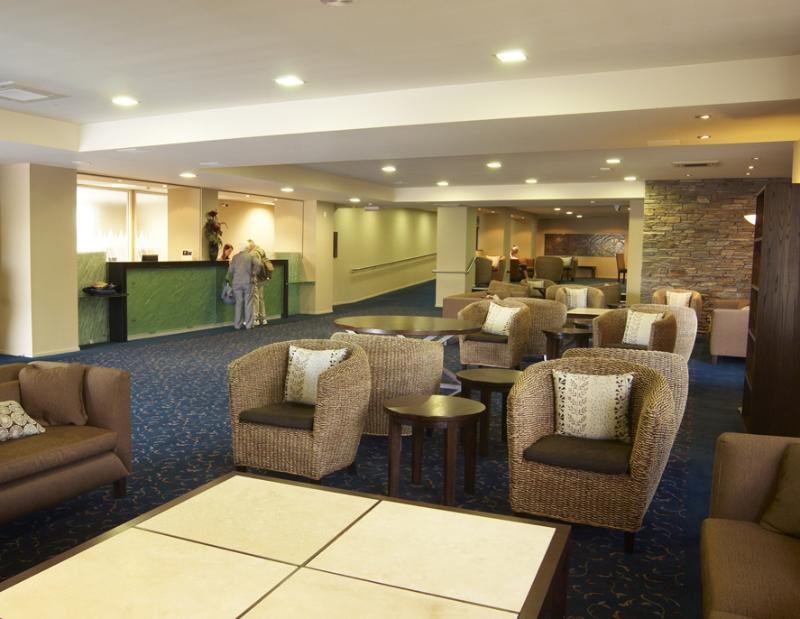 Lobby Distinction Luxmore Hotel