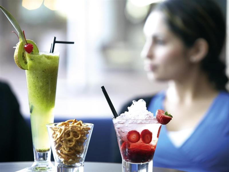 Bar Novotel Brighton Beach
