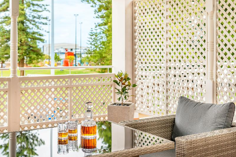 Terrace Esplanade Hotel Fremantle - By Rydges