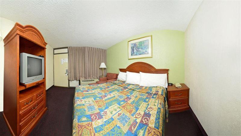 General view Americas Best Value Inn Nashville South