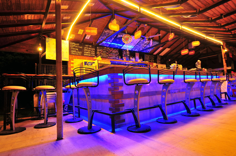 El Hana International - Bar - 4