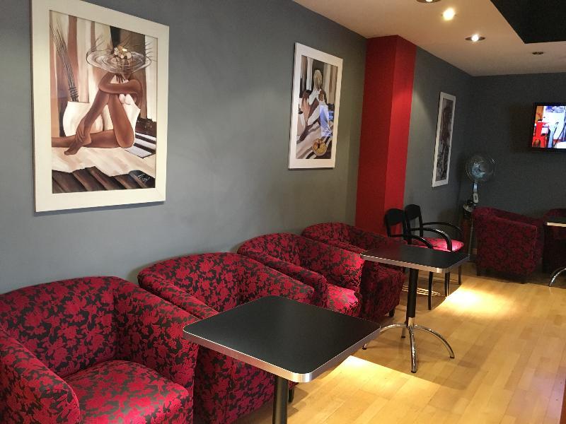 Bar First Euroflat Hotel