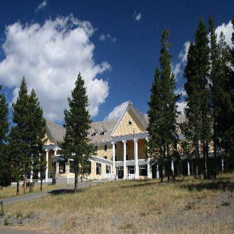 General view Lake Yellowstone Hotel And Cabins