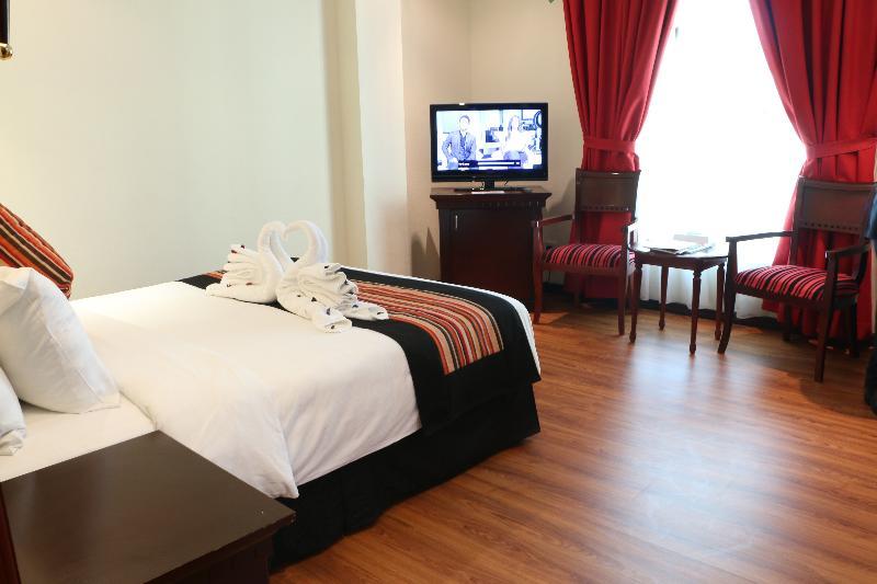 Room Pars International Hotel
