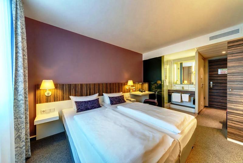Room Acom Hotel Nürnberg