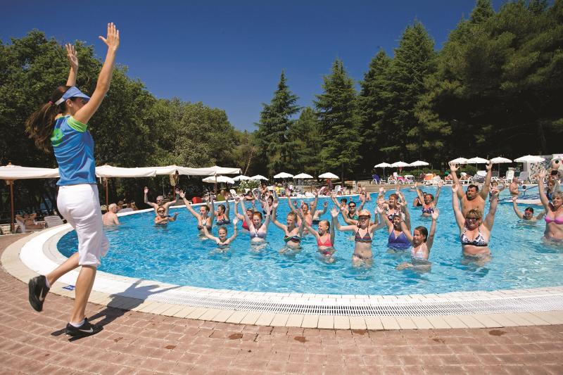 Sports and Entertainment Rubin Sunny Hotel By Valamar