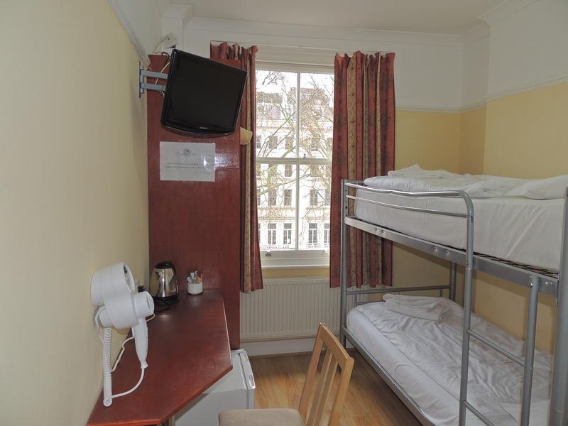 Room Dolphin Inn