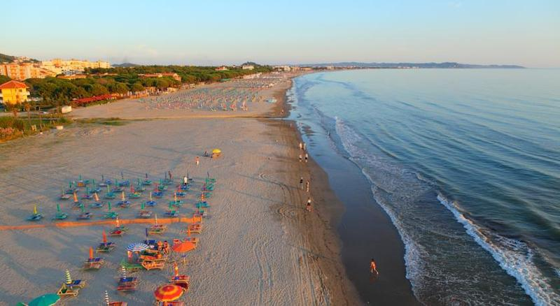 Beach Oaz