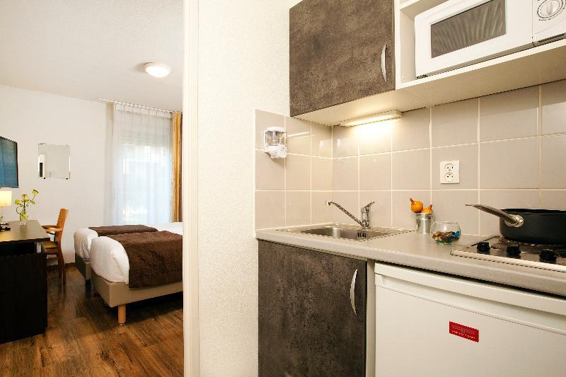 Room Séjours Et Affaires Caen Le Clos Beaumois