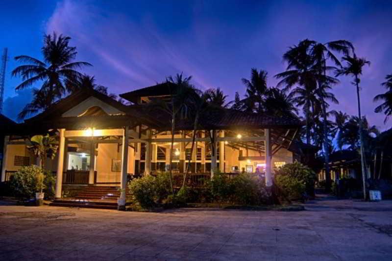 Kuta Indah Hotel & Restaurant - Hotel - 4