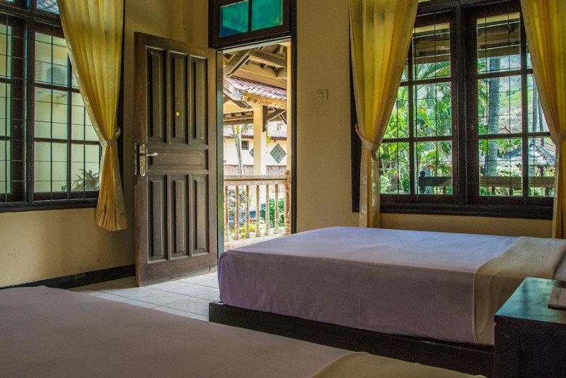 Kuta Indah Hotel & Restaurant - Room - 0