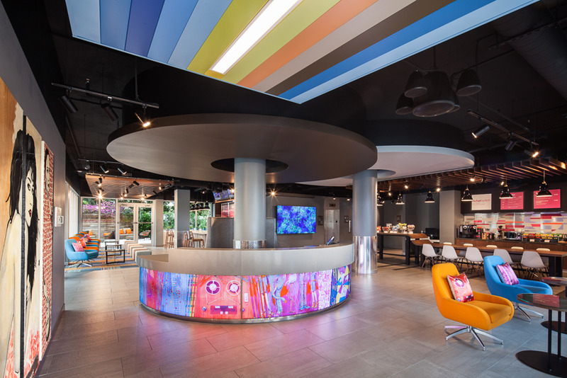 Lobby Aloft Miami Dadeland
