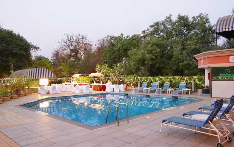 Pool Sun N Sand Pune