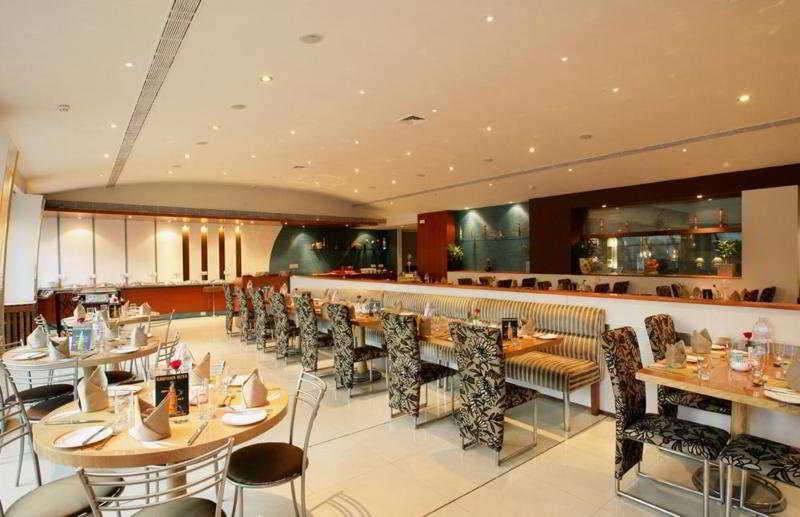 Restaurant Sun N Sand Pune