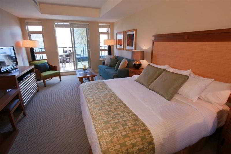 Room Watermark Beach Resort
