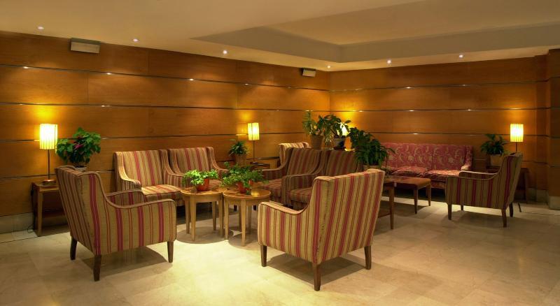 Fotos Hotel Infanta Mercedes