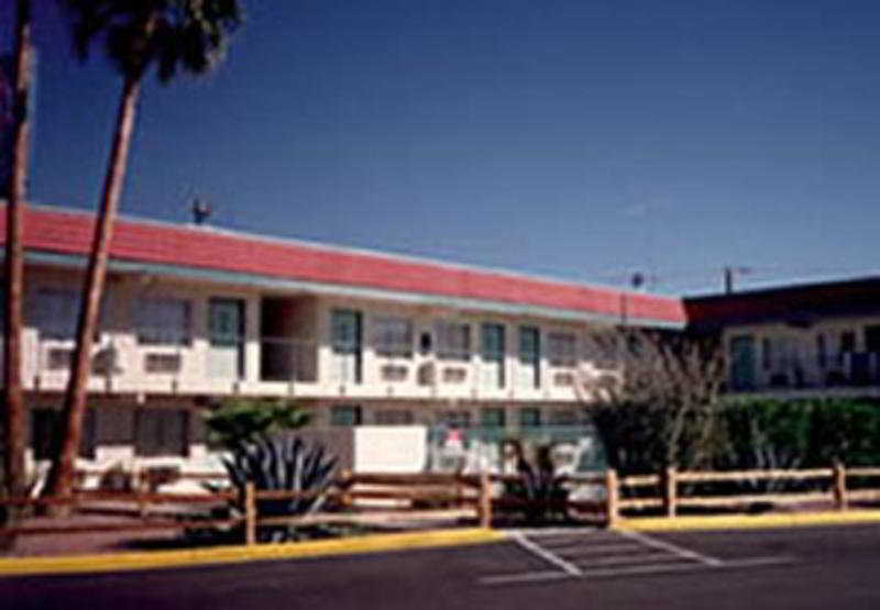 More about Motel 6 Kingman East