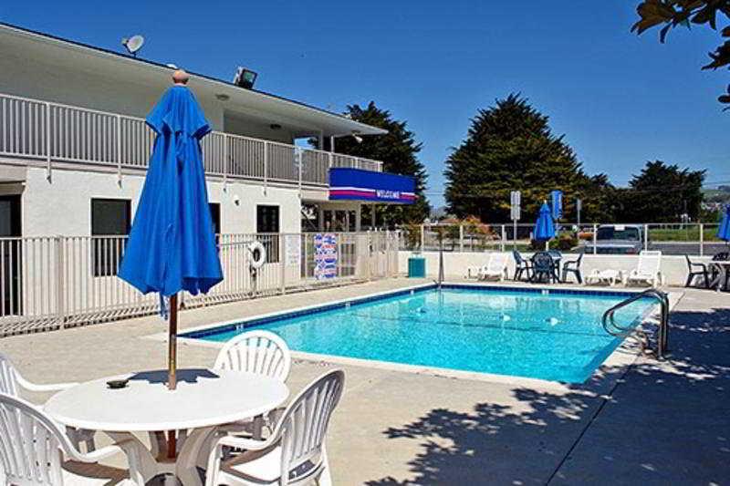 Pool Motel 6 South Lake Tahoe