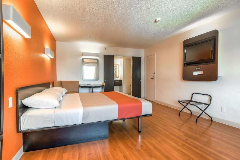 Motel 6 Anaheim Maingate Foto 20
