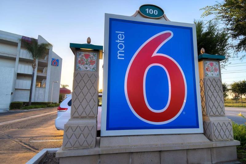 Motel 6 Anaheim Maingate Foto 27