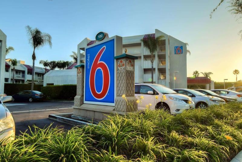 Motel 6 Anaheim Maingate Foto 33