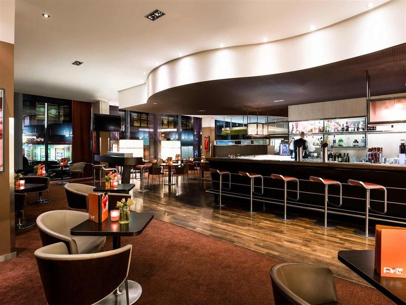 Bar Novotel Aachen City