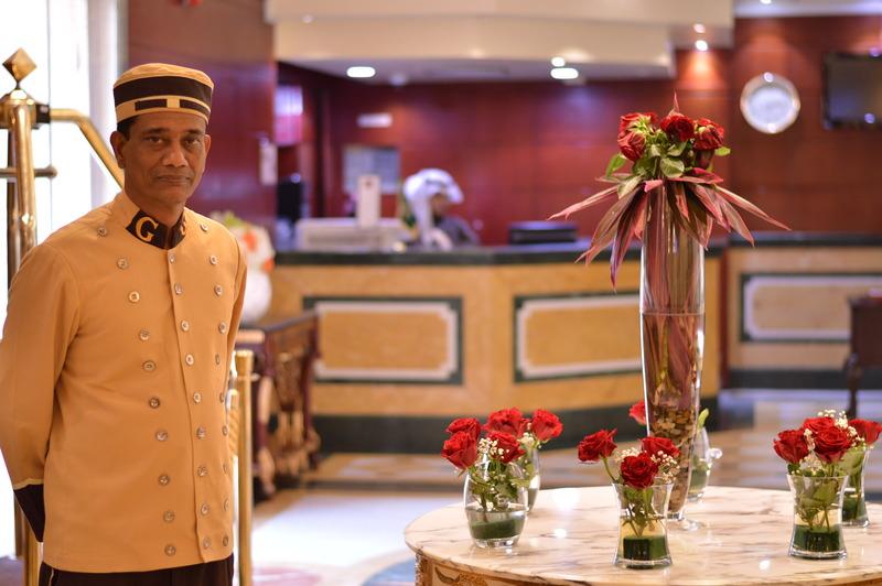Lobby Golden Hotel