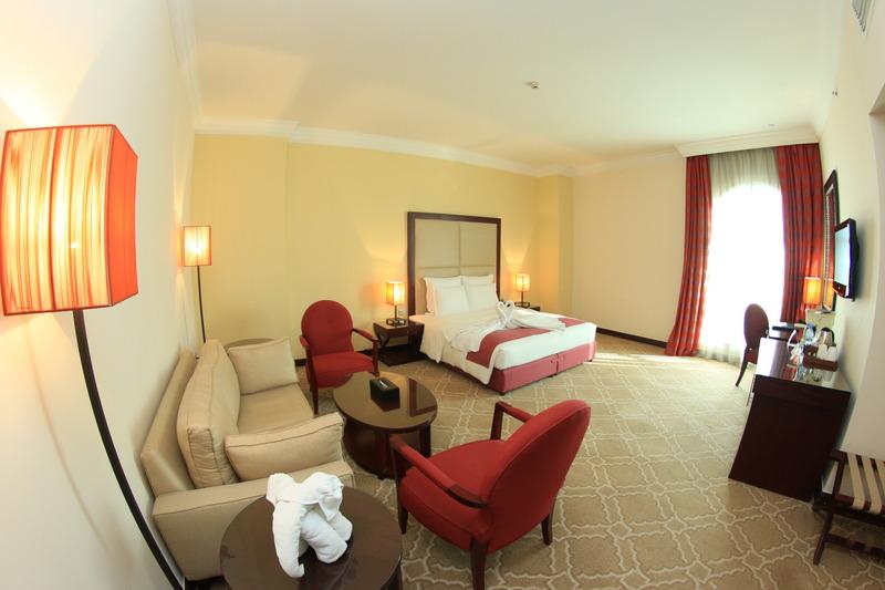 Room Grand Regal Hotel