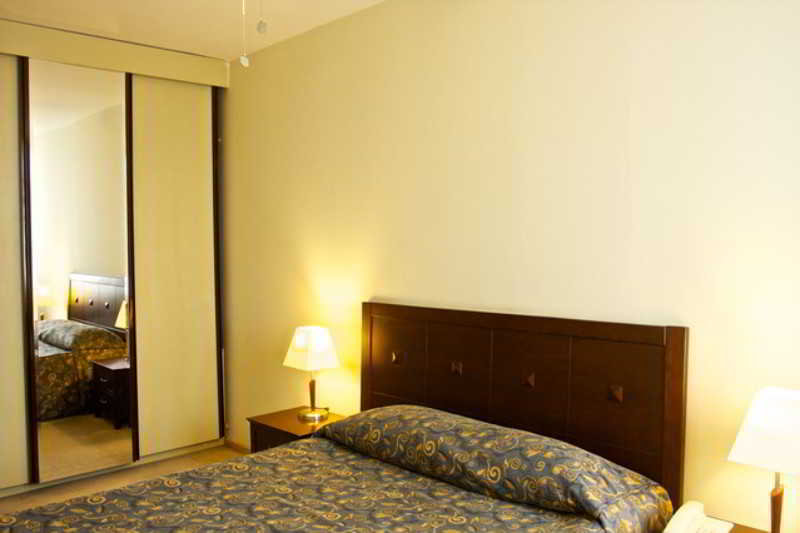 Room Baran Residence Airport
