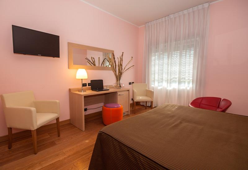 Room La Pergola