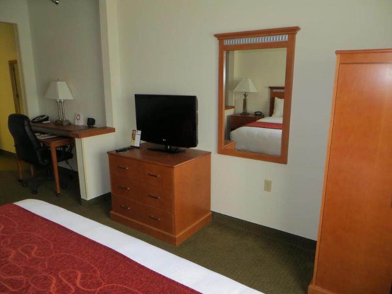 Comfort Suites Normal University Area - Hotel - 0