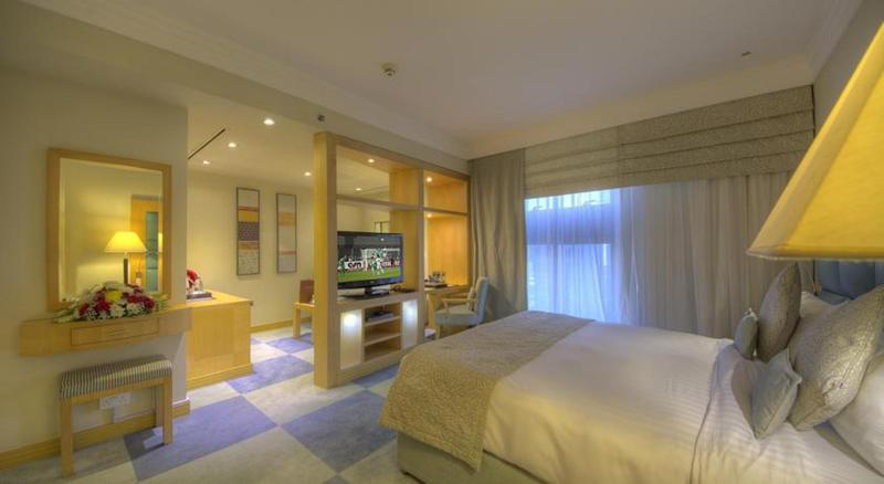 Room Raintree Hotel