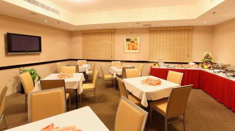 Restaurant Xclusive Hotel Apartment