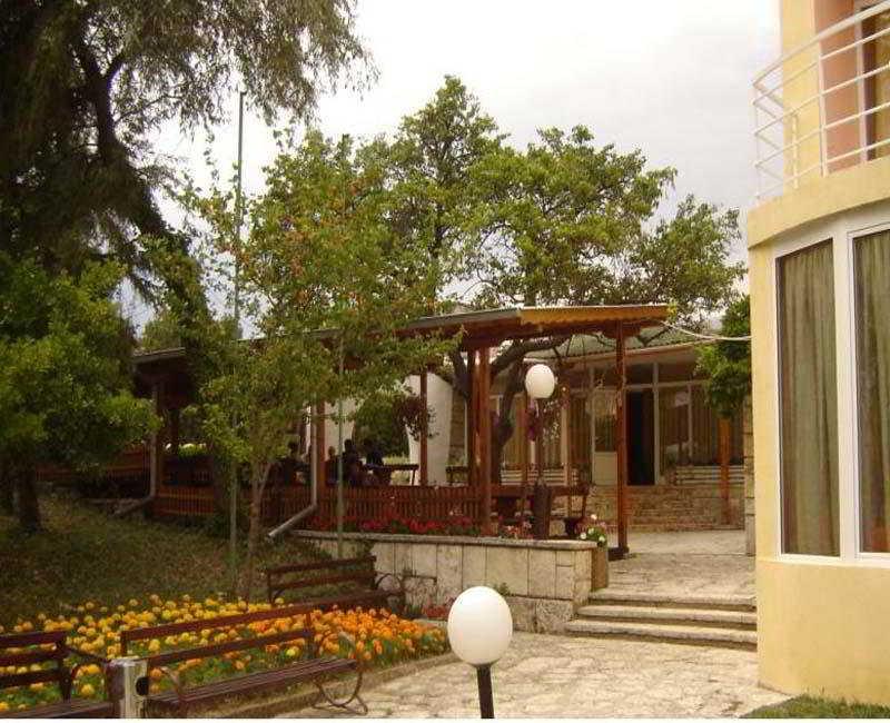 Terrace Vezhen