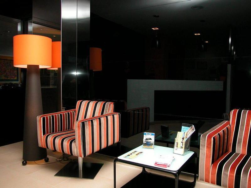 Lobby Los Naranjos