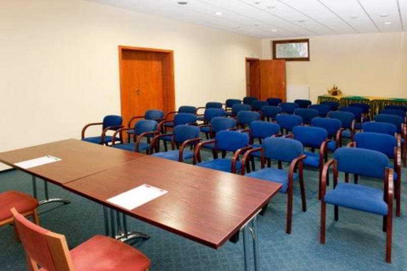 Conferences Bacero
