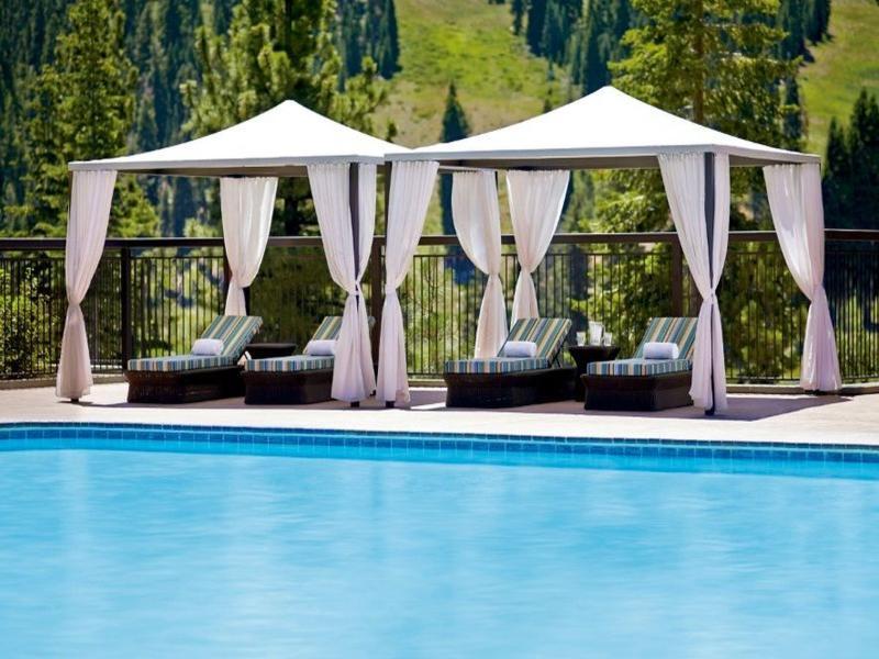 Pool The Ritz-carlton, Lake Tahoe