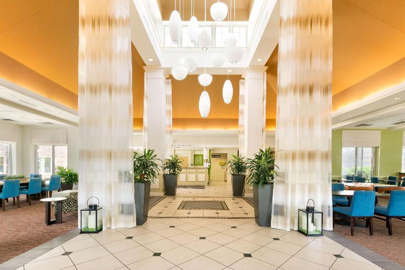Lobby Hilton Garden Inn Atlanta Northpoint