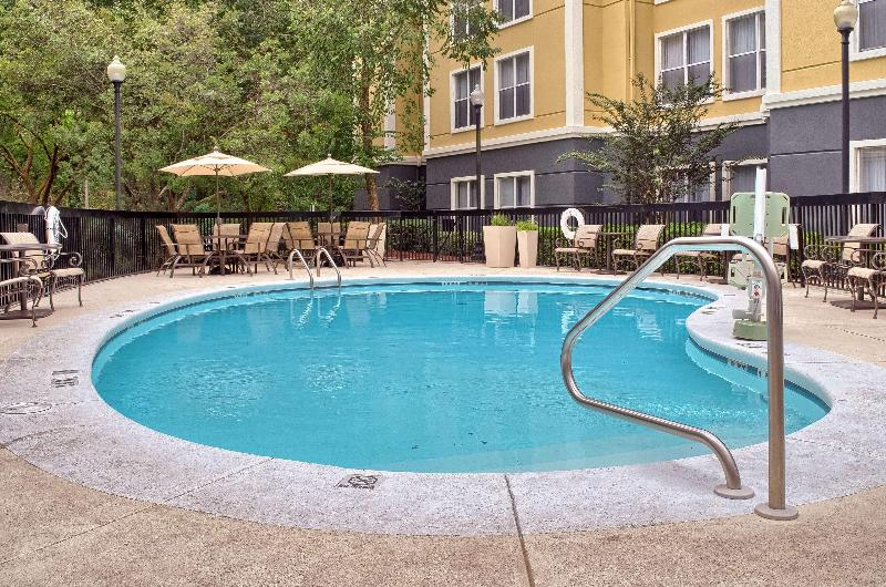 Pool Homewood Suites By Hilton Mobile