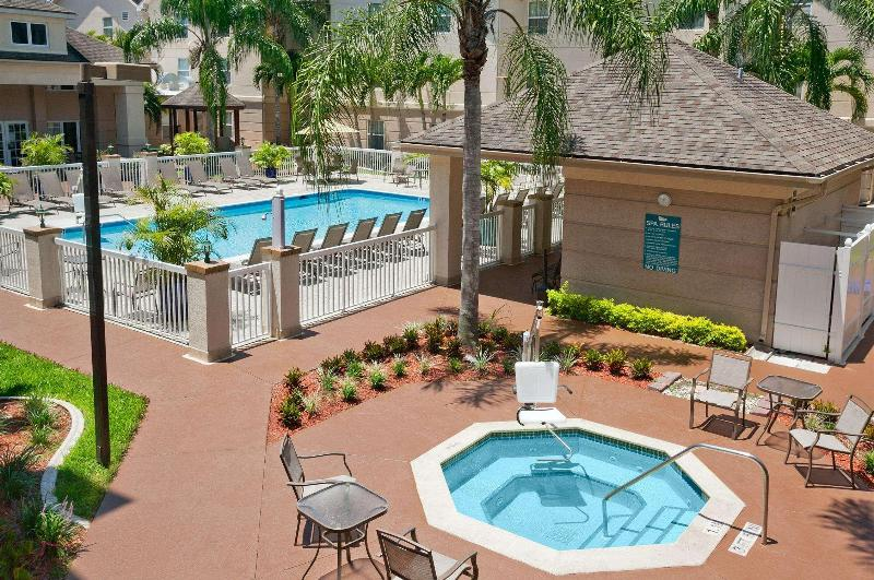 Pool Homewood Suites Fort Myers - Bell Tower