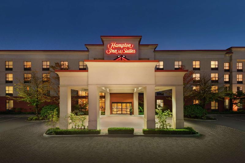 Hampton Inn & Suites by Hilton Langley-Surrey