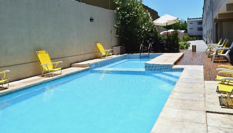 Pool Soltigua Apart Hotel Mendoza