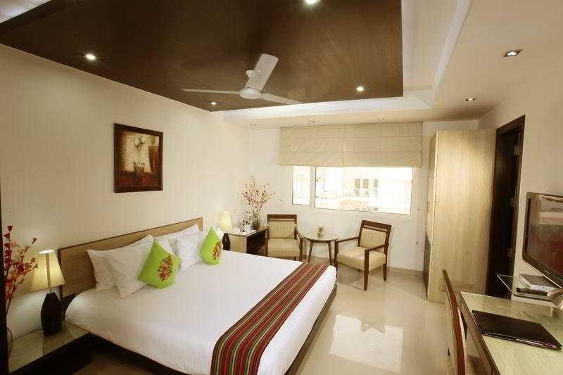 Room Iris Park Delhi