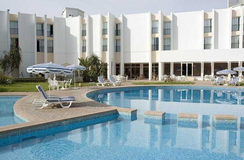 Farah Khouribga - Pool - 0