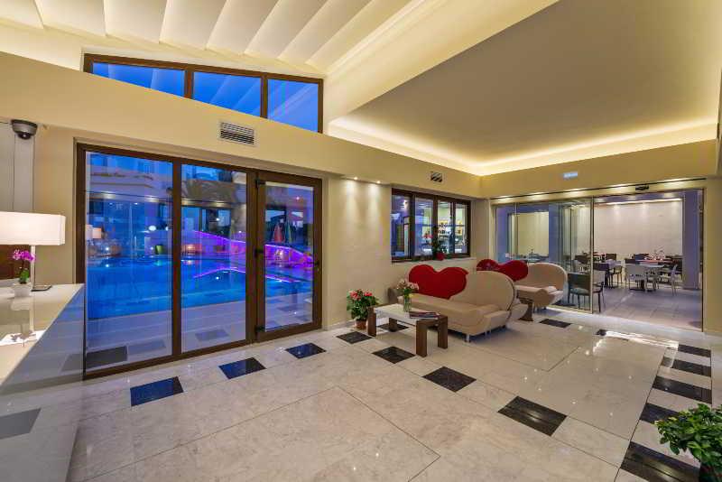 Lobby Oscar Suites & Village