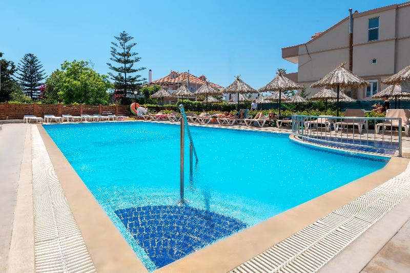 Pool Sunday Hotel