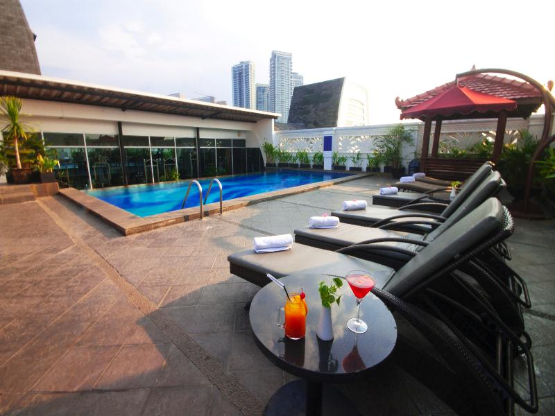 Pool Park Regis Arion Kemang