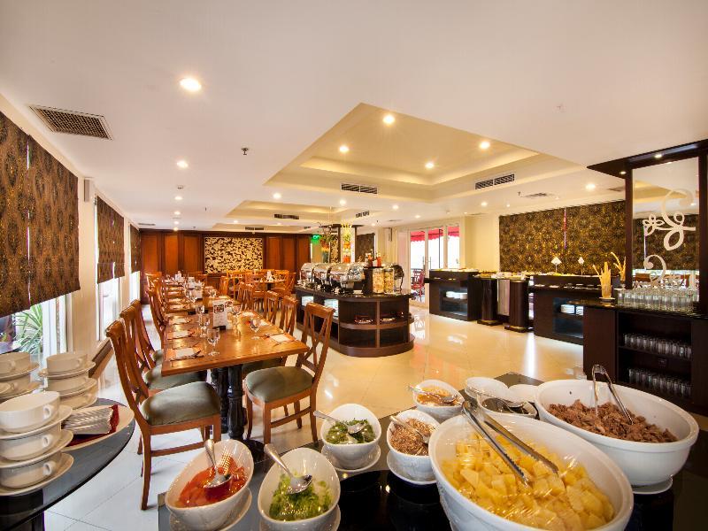 Restaurant Park Regis Arion Kemang