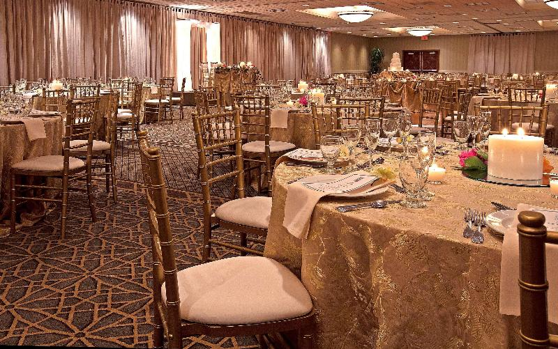 Restaurant Embassy Suites Chicago- Schaumburg/ Woodfield