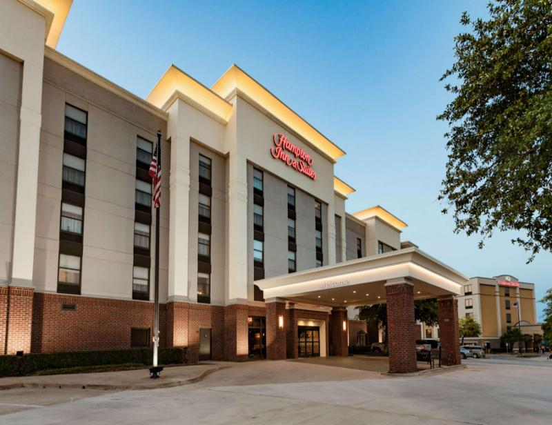 Hampton Inn & Suites Dallas-DFW Airport